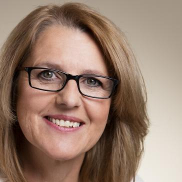 Marion Schneid: Kulturminister Wolf agiert in Sach...